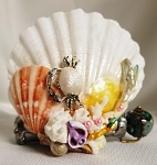 Mini Seashell Kaleidoscope with aquarium bead, crab by Cathy Painter